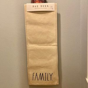 🏡Rae Dunn FAMILY. Embroidered Table Runner